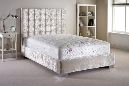 Copland Small Double Upholstered Bed