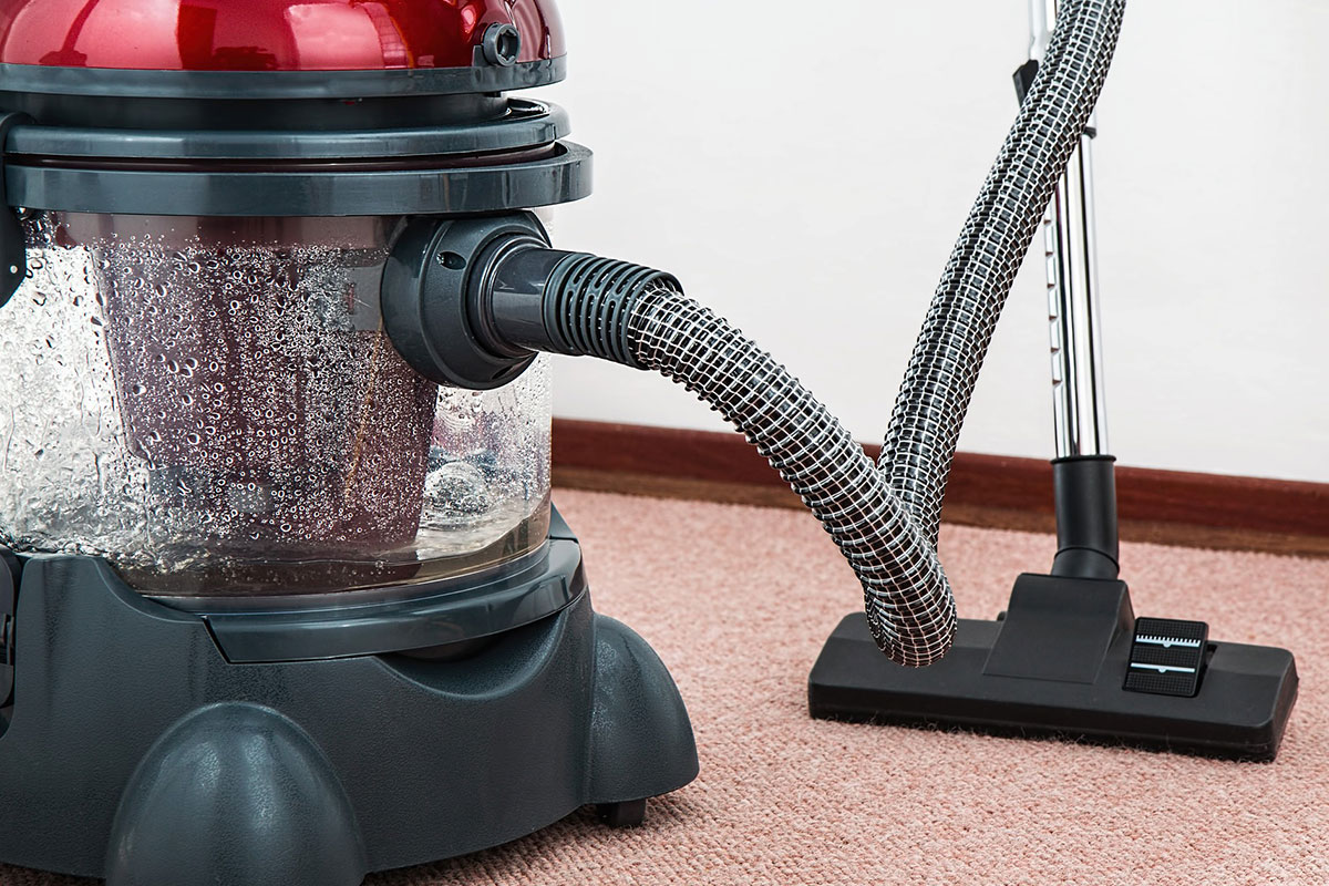 Vacuum cleaning beds